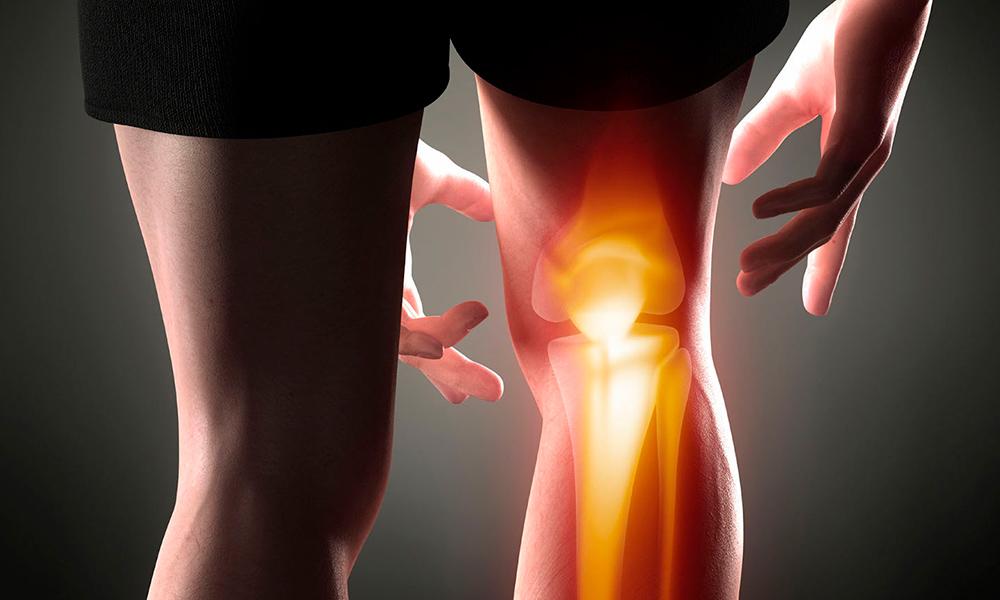 У взрослых хрустят колени